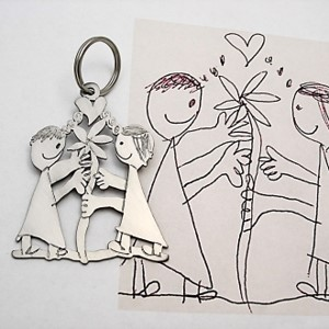 Creative artwork transformed into keychain by hand