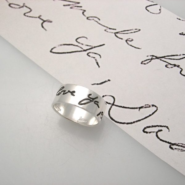 Dads handwriting on a ring, black oxidized engraving after actual writing