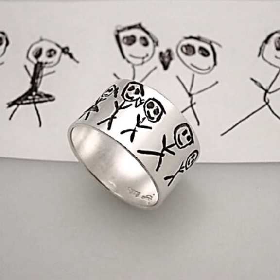 Kids family drawing engraved on silver ring