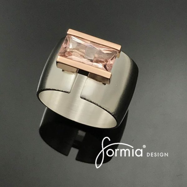 morganite rectangular in rose gold setting
