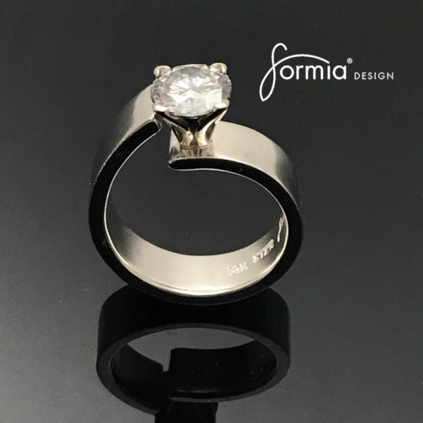 Unlined Classic Moissanite Ring perfectly uncentered in a classy and elegant style, a ring design to desire