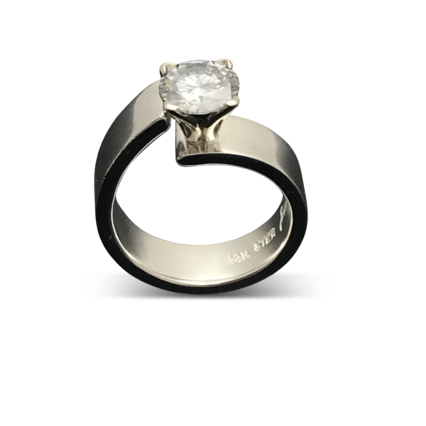 Unlined Classic Moissanite Ring , luxury design with a great sense of style, extrodinary ring with attentionseeking qualities