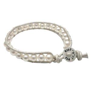 Pearl personalized birthday bracelet