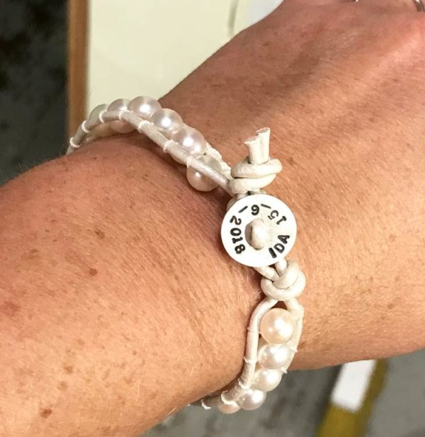 birthday personalized bracelet with white pearls