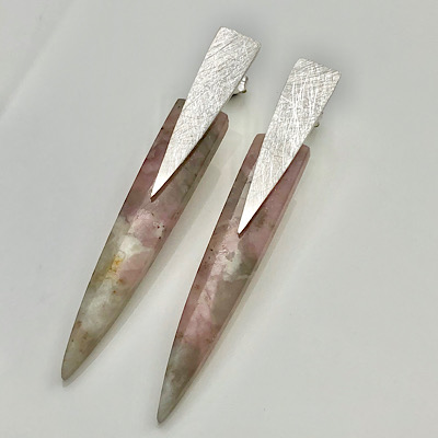 Detoxifying tourmaline quartz, soft pink earrings in modern design
