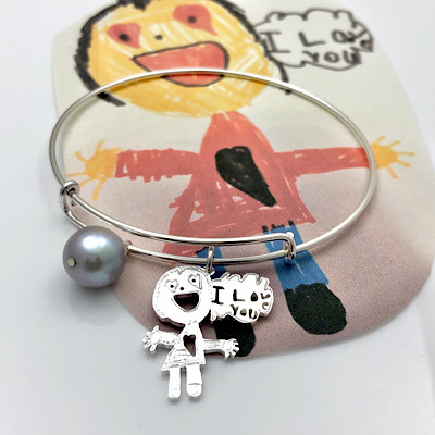 Show some love in a bracelet using kids drawing
