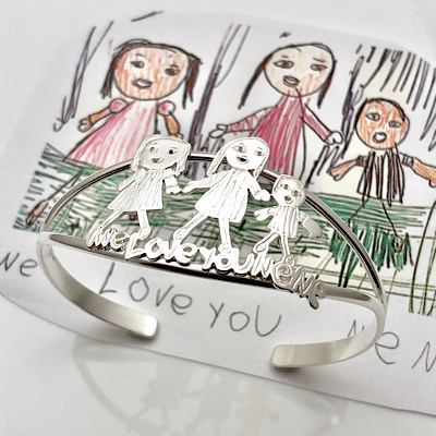 Family fun bracelet for grandma Nene, kids art in bracelet
