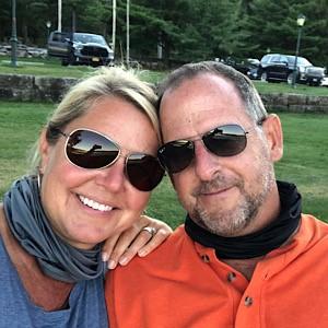 Goldsmith Mia and her fiance