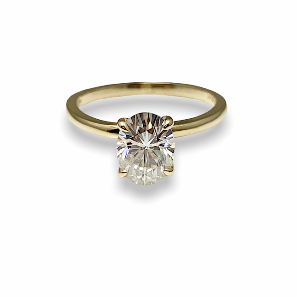 Diamond engagement ring solitaire 4 prong setting classic style