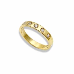 Flush set diamond band 18k yellow gold wedding band 5 diamonds