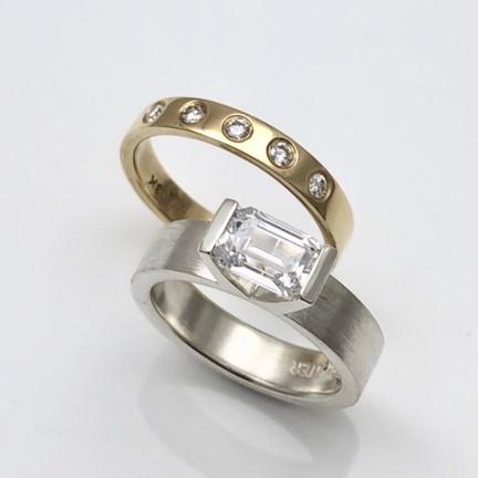 Wedding ring set flush set diamond gold band and Brave design style engagement ring